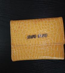 Rezz***Mustard croc little wallet by Miu Miu
