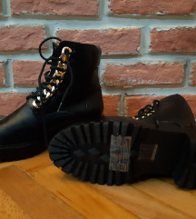 НОВИ мартинки чизми