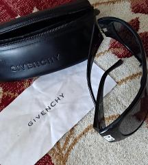 Naocari Givenchy