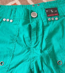 Novi 3/4 pantaloni za devojce 10y