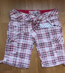 Панталони скроз нови со етикета намаление