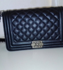Chanel tashna