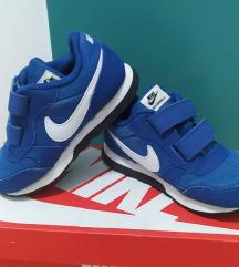 Патики Nike број 25