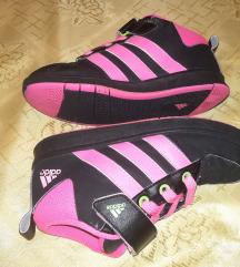 Adidas 32