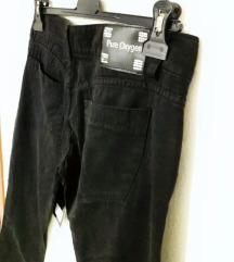 Zenski pantolon-farmerka so etiketa 370ден %%%%
