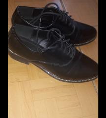 Нови лаковани кондурки Smiki