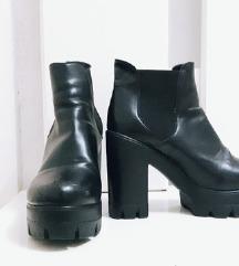 Тренд чизми *Последно Намалување*