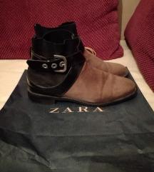 ZARA - чизмички - резз