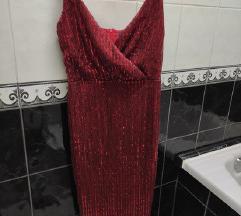 Crven svetkav fustan rezz