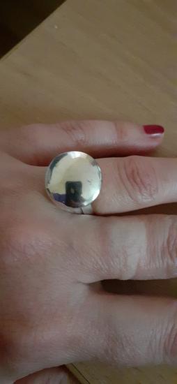 Srebren prsten