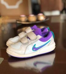 Nike kozni patiki br 28 kako novi