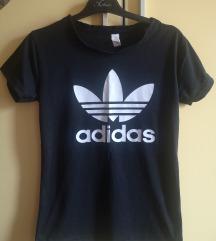 Adidas nova maicka