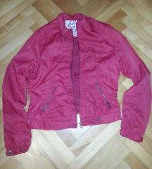 Bershka nova letna jakna