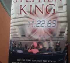 Книга на Англиски