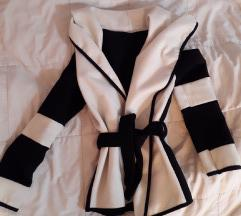Црно бело палтенце
