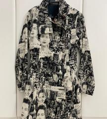Desigual  пролетно/есенско палто