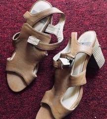 Sandali moderni kozni