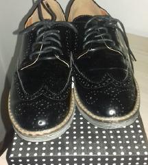 Женски кондури