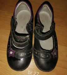 Sandalcinja 27