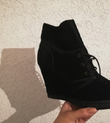 Нови чизми на плута