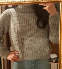 Ролка џемпер *намален 400*