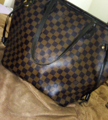 Louis Vuitton tasna