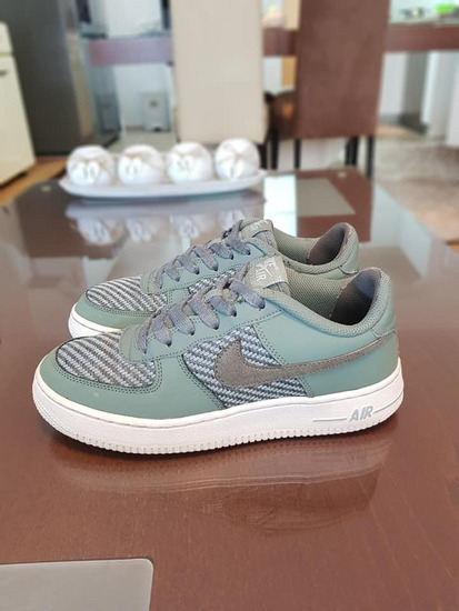 NIKE AIR FORCE kozni patiki br 38