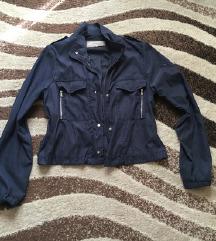 Bershka letna jakna