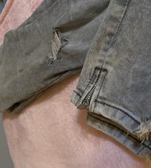 Zara sivi