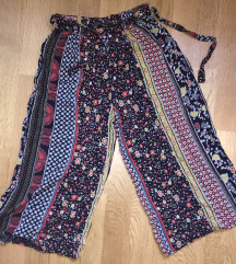 Летни панталони скроз нови Ѕ