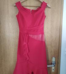 Nov crven fustan