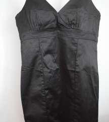 Свечен црн фустан(поголем број)