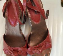 Novi sandali 38