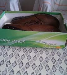 Женски чевли