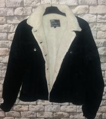 Prekrasna nova jakna so krzno (sega 700)