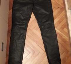 crni svetkavi pantaloni