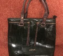 Нова Axel чанта