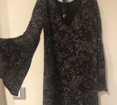 Bershka esensko fustance