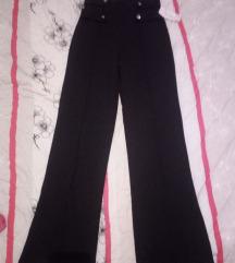 Crni pantoloni M NOVI