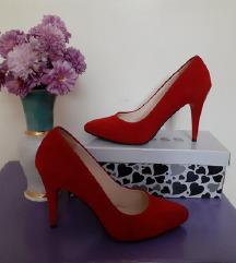 Црвени штикли по екстра цена!