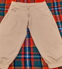 Kapri proletni pantoloni
