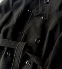 Женско палто од чоја