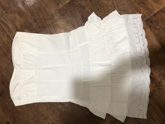 Не оштетено фустанче