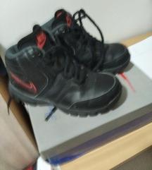 Nike 29