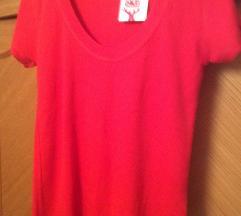 Нова црвена маица
