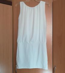Бел мини фустан (-20%)