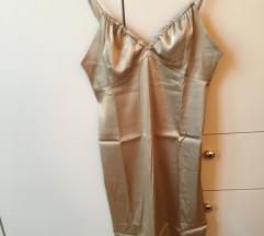Zlaten sisley fustan