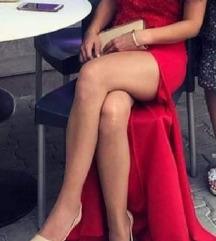 Eleganten dolg crven fustan*