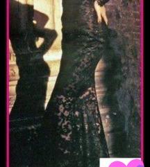 Dolg fustan so cipka