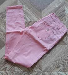 Novi pantaloni hel...
